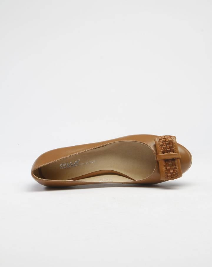 咖啡色休闲蝴蝶结中跟单鞋